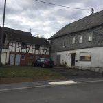 Bauernhaus mit Nebengebäuden in Maitzborn